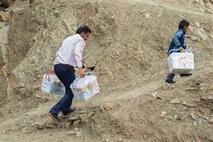 اهدای بستههای معیشتی و نقدی به۸۰ هزار خانوار ساکن مناطق محروم