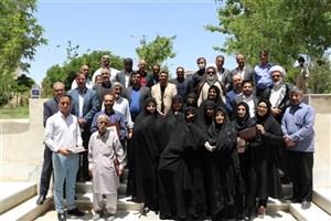 تجلیل از بازنشستگان در دانشگاه آزاد اسلامی واحد زاهدان