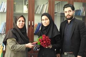 قدردانی  وزیر بهداشت از پرستاری که مراسم ازدواجش را به تعویق انداخت