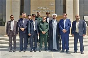 جمعی از منتخبان مجلس یازدهم با سردار حاجیزاده دیدار کردند