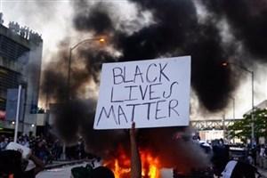 در جریان ناآرامیها در آمریکا یک مامور پلیس کشته شد