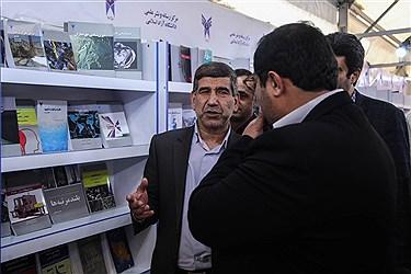 بابک نگاهداری سرپرست معاونت تحقیقات و دکتر محمد حسن برهانی فر رئیس دانشگاه آزاد واحد البرز امروز از غرفه انتشارات دانشگاه آزاد در نمایشگاه کتاب بازدید کردند.