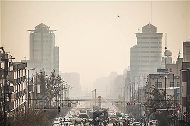 محرومیت و نداشتن آسمان صاف و آبی ناشی از آلودگی هوا( ریزگردها، خودرو ها و وسایل نقیله موتوری و دیزلی، کارخانه ها)تاثیرات منفی بر شهروندان و روند زندگی انان خواهد گذاشت.