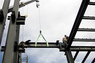 نصب ستونهای ساختمان در نصب پروژه